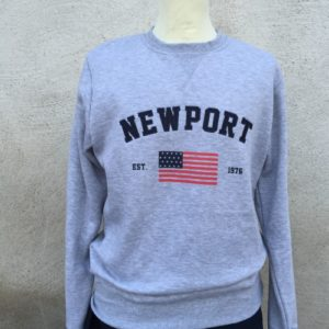 newport-collage-sweater-grå