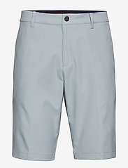 puma-jackpot-shorts-grå